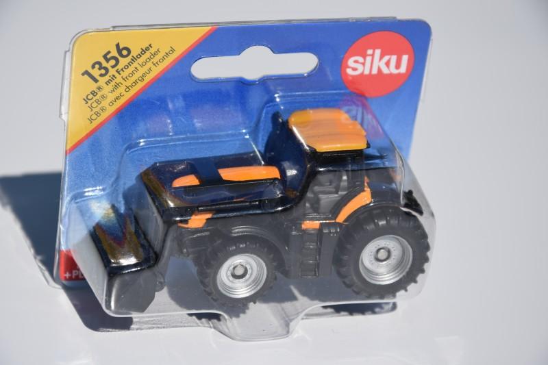 FASTRAC 8250 SIKU - mini