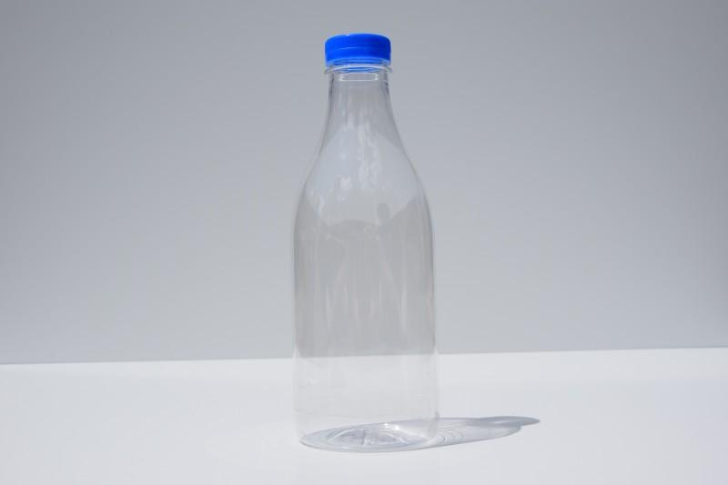 PET láhev na mléko 1L včetně víčka